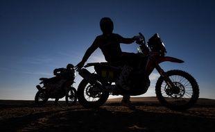 L'édition 2020 du Dakar aura été le théâtre de deux accidents mortels à moto.