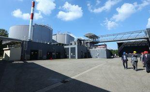 02092014-STR-Les deux digesteurs (fabrication du biogaz) avant la transformation en Bio méthane à la station d'épuration de Strasbourg