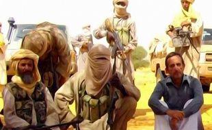 Un site mauritanien d'informations en ligne, Sahara Medias, a publié une vidéo montrant séparément quatre des six otages français détenus dans le Sahel par Al-Qaïda, tournée le 29 août selon un des otages, qui appellent tous à négocier pour leur libération.