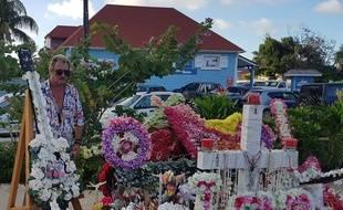 Richy a proité d'une tournée dans les Antilles pour se recueillir devant la tombe de Johnny, à Saint-Bath.