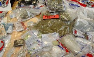 Lille, le 26 octobre 2012. Importante saisie de drogue dans le quartier sensible de Lille Sud.