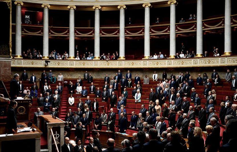 Attaque à la préfecture de police de Paris : Une minute de silence à l'Assemblée nationale et au Sénat