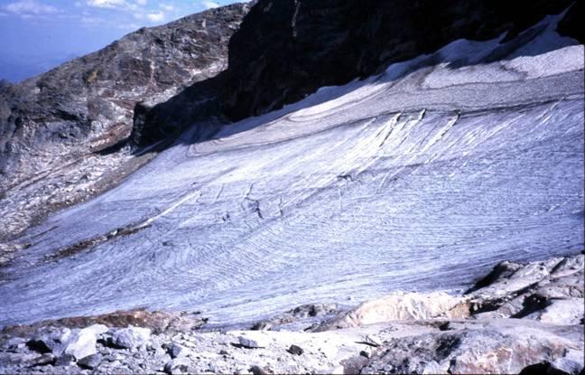 Le glacier du Boum dans le Luchonnais s'étendait sur 8 hectares en 2000.
