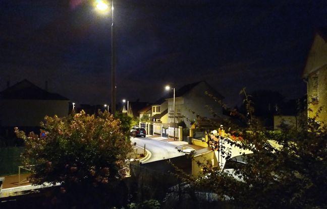 Les photos de nuit du Fairphone 3+ restent bruyantes et loin du niveau de certains terminaux.