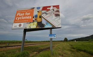 Panneau d'alerte au cyclone dans le Queensland, au nord de l'Australie.