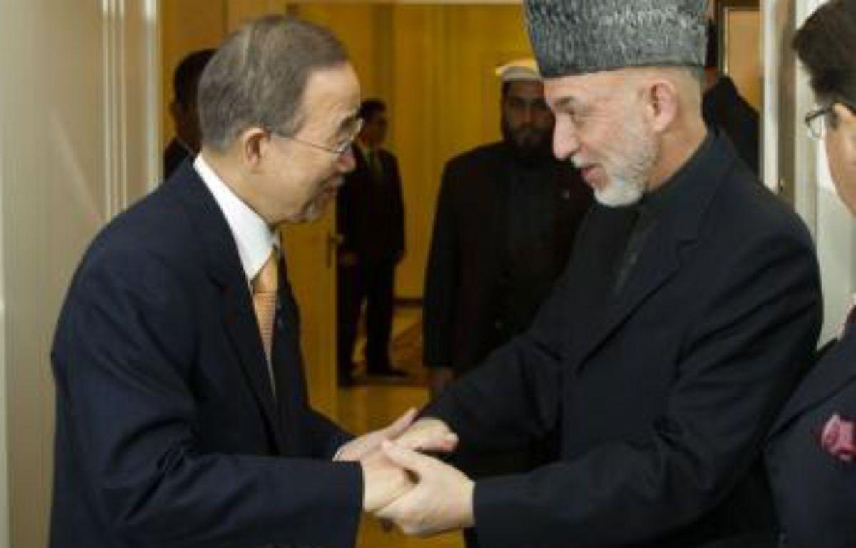 La communauté internationale doit renouveler lundi son engagement auprès de l'Afghanistan après son retrait militaire fin 2014, lors d'une conférence à Bonn, ternie par le boycott pakistanais et les tensions entre l'Iran et les Occidentaux. – Mark Garten afp.com