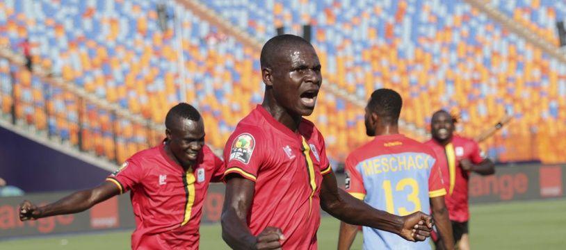 L'Ouganda contre le Congo lors de sa première victoire en 41 ans en CAN.