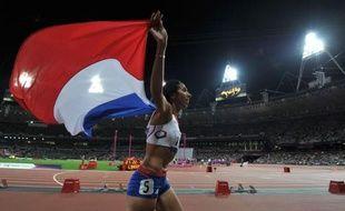 L'athlète malvoyante Assia El Hannouni, déjà titrée sur 400 m (T12) en 2004 et 2008, a conservé son titre sur la distance mardi soir aux jeux Paralympiques de Londres, s'offrant la 7e médaille d'or de sa carrière et apportant aux Bleus leur troisième médaille de la journée.