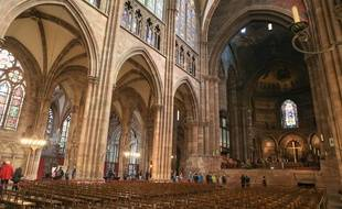 Les responsables de la cathédrale ont organisé une visite de contrôle en urgence ce mardi matin.
