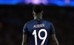 le défenseur du PSG Serge Aurier contre Manchester City, le 6 avril 2016.