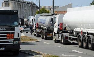 Des camions-citernes à proximité de La Rochelle (image d'illustration).