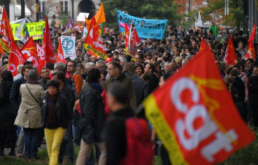 b0c62c73ce7 En direct  Live grève des fonctionnaires et perturbations dans la journée