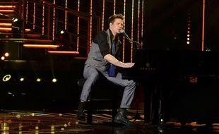 Manu Galure lors du dernier prime de l'émission de D8, La Nouvelle Star