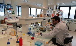 Un laboratoire de recherche du bâtiment Nantes Biotech, sur l'île de Nantes.