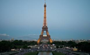 Tour Eiffel, Illustration.