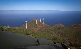 Vue générale de l'île El Hierro avec ses éoliennes, le 28 mars 2014