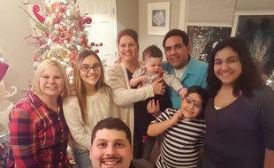 La famille Beristain, qui vit dans l'Etat de l'Indiana, au complet.