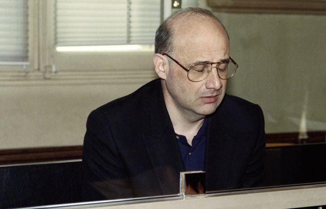 Jean-Claude Romand lors de son procès, en 1996, devant la cour d'assises de l'Ain, à Bourg-en-Bresse.