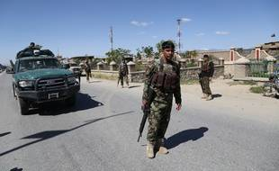 Des militaires afghans à Ghazni le 18 mai 2020.