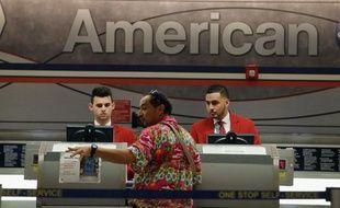 Le projet de fusion entre les compagnies aériennes américaines American Airlines et US Airways, annoncé jeudi, marque la poursuite d'un mouvement de consolidation du secteur qui s'est accéléré ces dernières années