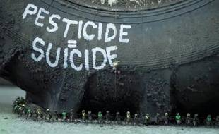 Clip de Greenpeace contre les pesticides.