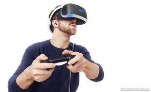 Un des casques de réalité virtuelle