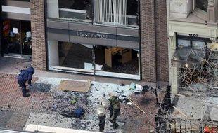 Sur Boylston street à Boston, à l'endroit où l'une des deux bombes a explosé, le 15 avril 2013