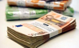 Illustration de liasse de billets en euro.