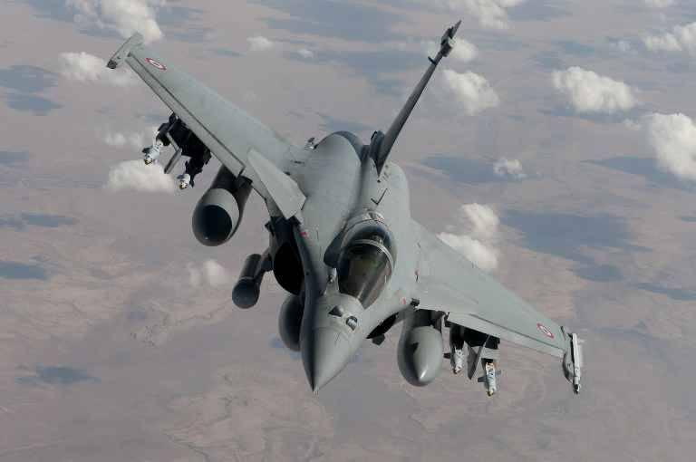 jordans noir et rose 14 - Attentats �� Paris: ?Les frappes de l\u0026#39;arm��e fran?aise �� Raqqa sont ...