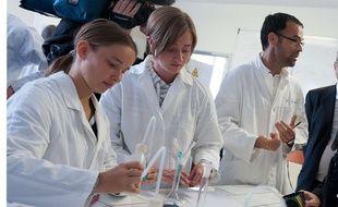 Des élèves de BTS au lycée de l'enseignement général et technologique agricole Théodore Monod du Rheu le 7/9/17.