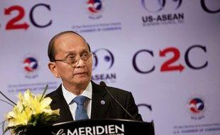 La Birmanie a adopté vendredi une loi censée favoriser l'afflux de capitaux étrangers dans ce pays riche en ressources naturelles mais sous-exploité pendant des décennies en raison des sanctions qui frappaient l'ancienne junte militaire.