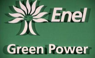 Le groupe italien Enel a confirmé jeudi dans un communiqué avoir revu à la baisse le prix minimum d'introduction en Bourse de sa division énergies renouvelables Enel Green Power afin de convaincre certains investisseurs qui le jugeaient trop élevé.