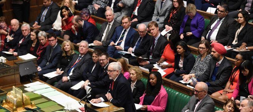 Les députés britanniques rassemblés au Parlement, le 22 janvier 2020.