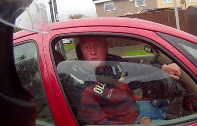 video ronnie pickering l inconnu devenu c l bre cause d un banal accrochage en voiture. Black Bedroom Furniture Sets. Home Design Ideas