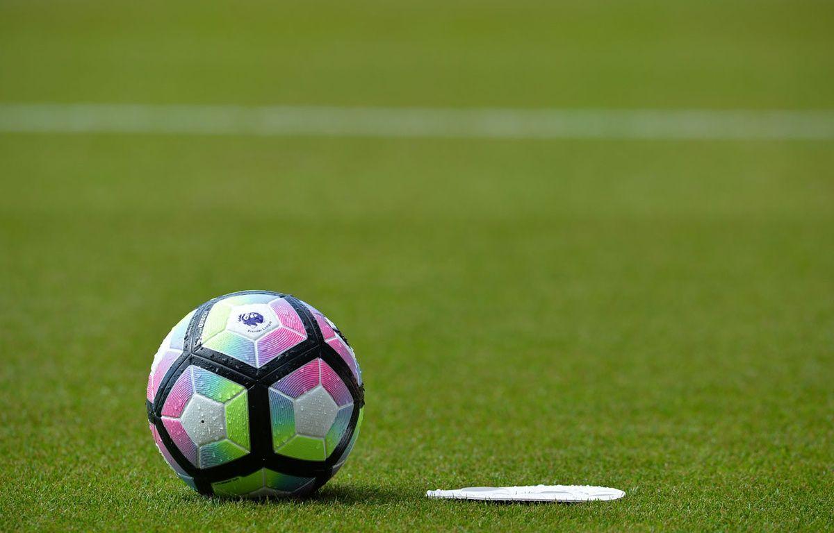 Une balle de football (illustration). – Glyn KIRK / AFP