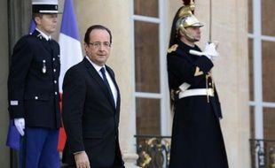 François Hollande sur le perron de l'Elysée le 17 janvier 2013.
