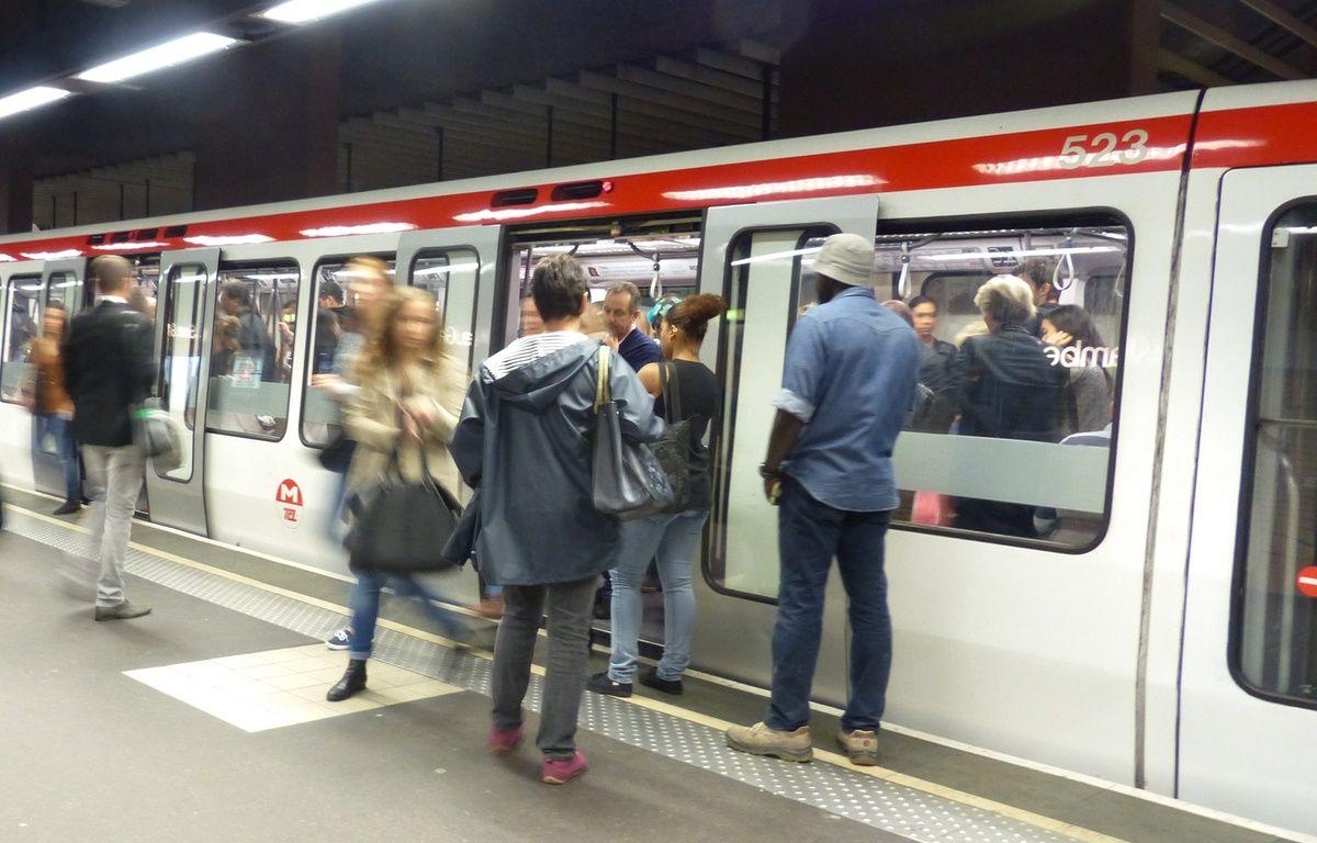 Une Lyonnaise agressée à l'entrée du métro pour ne pas avoir voulu laisser passer un client qui voulait frauder – Elisa Frisullo / 20 Minutes