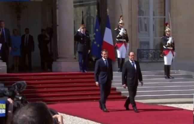 Capture d'écran BFMTV de François Hollande et Emmanuel Macron sur le perron de l'Elysée, le 14 mai 2017