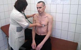 Oleg Sentsov a fait une grève de la faim pendant 145 jours.