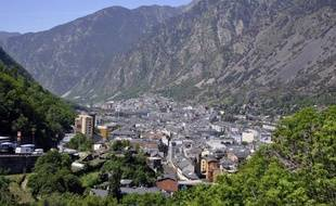 Vue générale sur Andorre-La-Vella, la capitale de la principauté, le 12 mai 2015