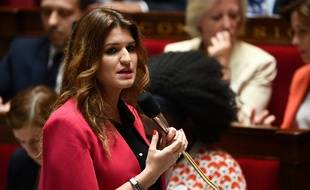Paris, le 9 juillet 2019. Marlène Schiappa, secrétaire d'Etat chargée de l'Egalité entre les femmes et les hommes, intervient à l'Assemblée nationale.
