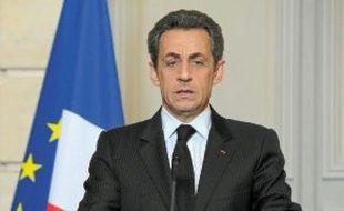 Nicolas Sarkozy suspend sa campagne « au moins jusqu'à mercredi ».