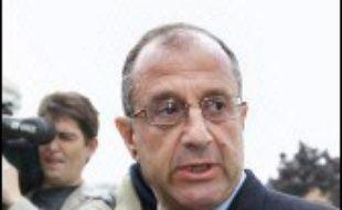 L'ancien élu RPR Didier Schuller a été condamné à un an de prison ferme jeudi par la cour d'appel de Paris, pour avoir fait financer illégalement par des entreprises sa campagne politique à Clichy (Hauts-de-Seine) au début des années 1990.