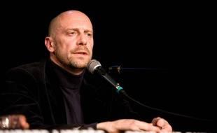 L'essayiste d'extrême-droite alain Soral pendant une conférence de presse