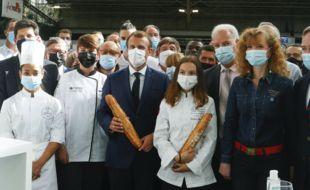 Emmanuel Macron au Sirha, lundi 27 septembre.