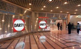 Le groupe Darty, propriétaire de l'enseigne française du même nom, a annoncé mercredi qu'il allait se recentrer sur la France, la Belgique et les Pays-Bas, après avoir passé au peigne fin l'ensemble de ses activités dans le but de renouer avec la rentabilité.