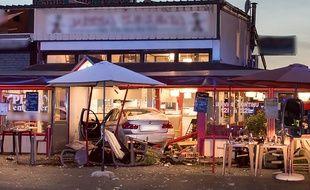 Le 14 août, un homme a foncé avec sa voiture dans une pizzéria des Sept-Sorts (Seine-et-Marne). Une adolescente de 13 ans est décédée et douze personnes ont été blessées.