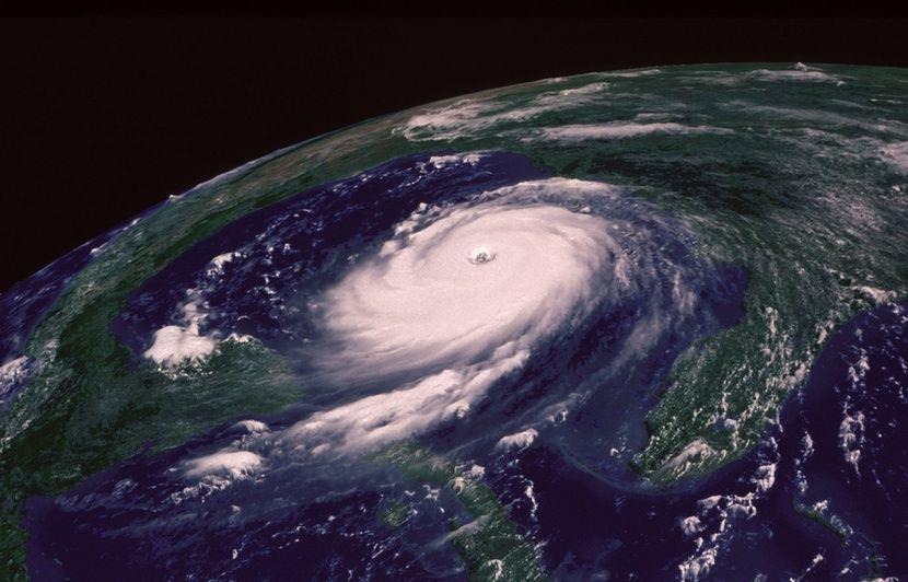 Mayotte: Le cyclone Belna se renforce, l'île sur le qui-vive