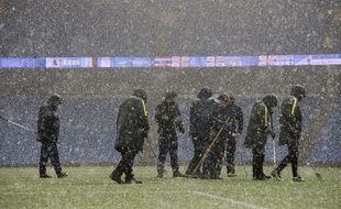 L'Etihad stadium de Manchester sous la neige.