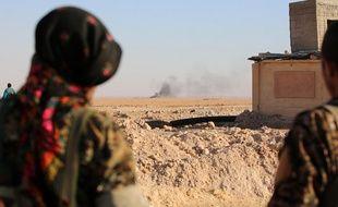 Des membres de la force arabo-kurde anti-Daesh soutenue par les Etats-Unis à Ain Issa, à 30 km de Raqqa, en Syrie
